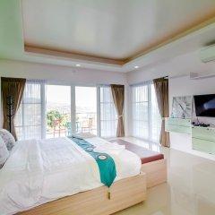 Отель Chalong Hill Tropical Garden Homes Пхукет комната для гостей фото 2
