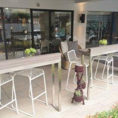 Alt Hotel Nana by UHG гостиничный бар