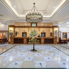 Отель Holiday International Sharjah ОАЭ, Шарджа - 5 отзывов об отеле, цены и фото номеров - забронировать отель Holiday International Sharjah онлайн интерьер отеля фото 2
