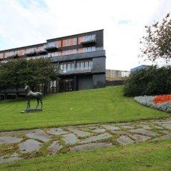 Отель Flotmyrgården Apartment Hotel Норвегия, Гаугесунн - отзывы, цены и фото номеров - забронировать отель Flotmyrgården Apartment Hotel онлайн приотельная территория фото 2