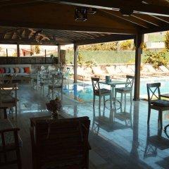 Отель Fehmi Bey Alacati Butik Otel - Special Class Чешме гостиничный бар