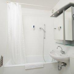 Отель am Brandenburger Tor Германия, Берлин - 2 отзыва об отеле, цены и фото номеров - забронировать отель am Brandenburger Tor онлайн ванная фото 2