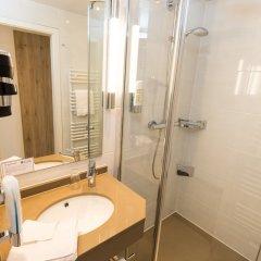 Отель Carat Golf & Sporthotel ванная фото 2