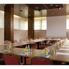 Hotel Raffaello Милан помещение для мероприятий