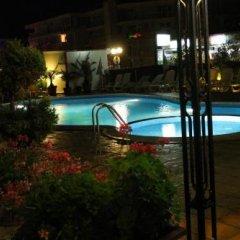 Отель Eden Болгария, Свети Влас - отзывы, цены и фото номеров - забронировать отель Eden онлайн бассейн фото 2
