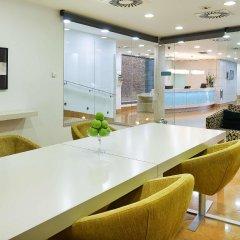 Отель Hesperia Ramblas Испания, Барселона - отзывы, цены и фото номеров - забронировать отель Hesperia Ramblas онлайн интерьер отеля фото 3