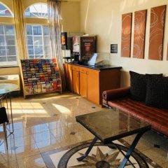 Отель Americas Best Value Inn - Dodger Stadium/Hollywood Лос-Анджелес комната для гостей фото 4