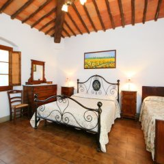 Отель Poggio Cuccule Монтеварчи комната для гостей фото 5