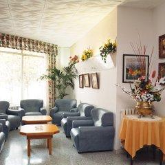 Отель San Juan Park Испания, Льорет-де-Мар - 1 отзыв об отеле, цены и фото номеров - забронировать отель San Juan Park онлайн интерьер отеля фото 3