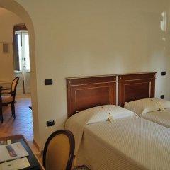Отель Sangiorgio Resort & Spa Кутрофьяно сейф в номере