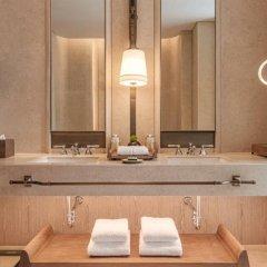 Отель Waldorf Astoria Bangkok Бангкок ванная