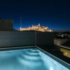 Отель The Duke Boutique Hotel Мальта, Виктория - отзывы, цены и фото номеров - забронировать отель The Duke Boutique Hotel онлайн бассейн