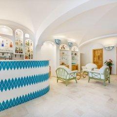 Hotel Le Mimose гостиничный бар