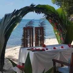 Отель Cerf Island Resort фото 3