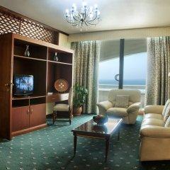 Отель Occidental Sharjah Grand ОАЭ, Шарджа - 8 отзывов об отеле, цены и фото номеров - забронировать отель Occidental Sharjah Grand онлайн комната для гостей