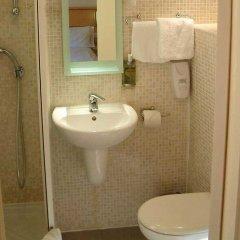Отель Americana Hotel Великобритания, Лондон - 2 отзыва об отеле, цены и фото номеров - забронировать отель Americana Hotel онлайн ванная фото 2