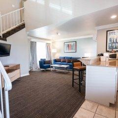 Отель Alexis Park All Suite Resort в номере