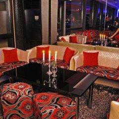 Hotel & Casino Cherno More развлечения