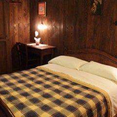 Отель Chambres d'Hotes Les Fleurs Италия, Грессан - отзывы, цены и фото номеров - забронировать отель Chambres d'Hotes Les Fleurs онлайн комната для гостей фото 2