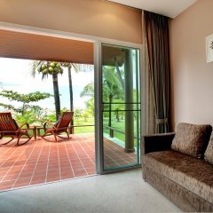 Отель C&N Kho Khao Beach Resort балкон