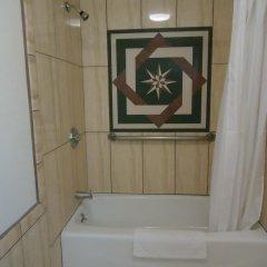 Отель Glendale Motel США, Глендейл - отзывы, цены и фото номеров - забронировать отель Glendale Motel онлайн ванная фото 2