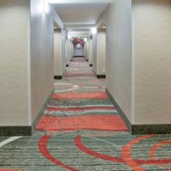 Отель Holiday Inn Express & Suites Bloomington - Mpls Arpt Area West Блумингтон спа