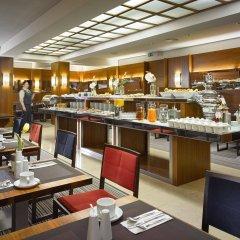 Отель K+K Hotel Fenix Чехия, Прага - 4 отзыва об отеле, цены и фото номеров - забронировать отель K+K Hotel Fenix онлайн питание фото 2