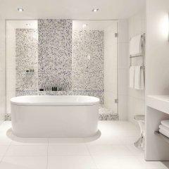 Отель Sofitel Paris Arc De Triomphe Франция, Париж - отзывы, цены и фото номеров - забронировать отель Sofitel Paris Arc De Triomphe онлайн ванная фото 2