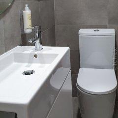 Отель CC Guest House - Ao Mercado Португалия, Понта-Делгада - отзывы, цены и фото номеров - забронировать отель CC Guest House - Ao Mercado онлайн ванная