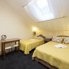 Гостиница Dynasty комната для гостей