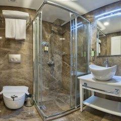 Ada Karakoy Hotel - Special Class Турция, Стамбул - 4 отзыва об отеле, цены и фото номеров - забронировать отель Ada Karakoy Hotel - Special Class онлайн ванная фото 2