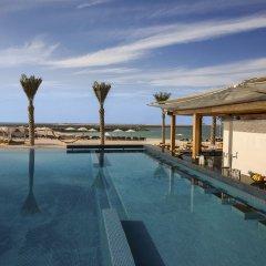 Отель DoubleTree by Hilton Dubai Jumeirah Beach бассейн фото 2