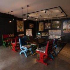 Art Hotel Claude Monet Тбилиси развлечения