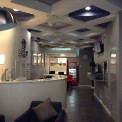 Отель Leez Inn Филиппины, Манила - отзывы, цены и фото номеров - забронировать отель Leez Inn онлайн гостиничный бар