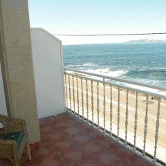 Отель Rompeolas Испания, Байона - отзывы, цены и фото номеров - забронировать отель Rompeolas онлайн балкон