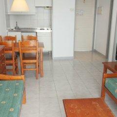 Отель Apartamentos HSM Calas Park - All Inclusive комната для гостей