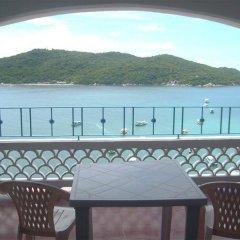 Отель Caleta Beach Resort Мексика, Акапулько - отзывы, цены и фото номеров - забронировать отель Caleta Beach Resort онлайн балкон