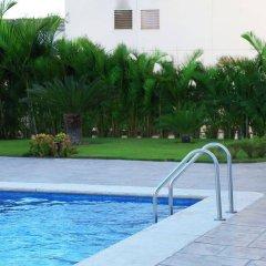 Отель Best Western Aeropuerto Мексика, Эль-Бедито - отзывы, цены и фото номеров - забронировать отель Best Western Aeropuerto онлайн бассейн фото 2