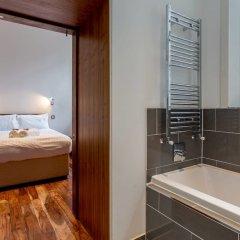 Отель Location, Location! North Bank Street Luxury Apt Эдинбург ванная