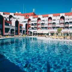 Отель Muthu Oura Praia Hotel Португалия, Албуфейра - 1 отзыв об отеле, цены и фото номеров - забронировать отель Muthu Oura Praia Hotel онлайн пляж