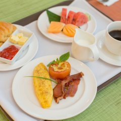 The ASHLEE Plaza Patong Hotel & Spa питание фото 3