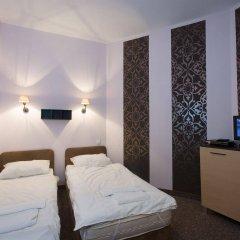 Отель Hostel Helvetia Польша, Варшава - 1 отзыв об отеле, цены и фото номеров - забронировать отель Hostel Helvetia онлайн комната для гостей фото 2