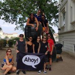 Ahoy! Hostel городской автобус