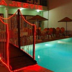 Majestic Hotel Турция, Алтинкум - отзывы, цены и фото номеров - забронировать отель Majestic Hotel онлайн бассейн