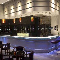 Апартаменты Mayfair Gardens Apartments гостиничный бар