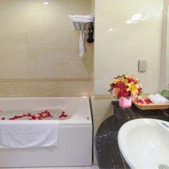 Golden Dragon Hotel ванная фото 2