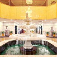 Yang Quan Hotel бассейн