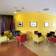 Отель Novotel Barcelona Cornella интерьер отеля