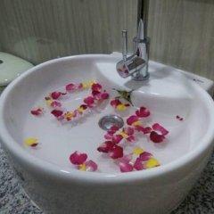 Отель Golden Mountain Hotel Мьянма, Хехо - отзывы, цены и фото номеров - забронировать отель Golden Mountain Hotel онлайн ванная