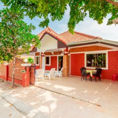 Отель Baan Kanittha - 4 Bedrooms Private Pool Villa